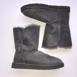 Grey Button Uggs